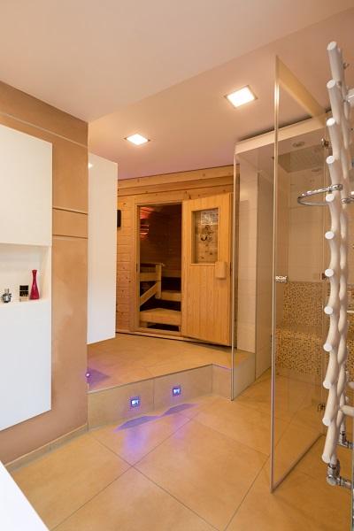 auch im badezimmer k nnen sie etwas f r ihre gesundheit tun. Black Bedroom Furniture Sets. Home Design Ideas